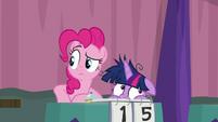 Pinkie Pie looking around restaurant S9E16