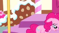 Pinkie walks away S4E12