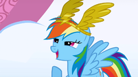 Rainbow Dash receiving the award S1E16