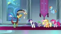 Rarity angrily berating Discord S9E24