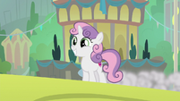 Sweetie Belle enters Harmonizing Heights S8E6