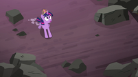 Twilight looking through hole in the roof S4E2