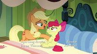 Applejack prevents Apple Bloom from rising up S5E04
