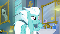 Fleetfoot brushing her teeth S6E7
