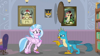 Gallus swearing Silverstream to secrecy S8E15