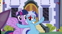 Minuette about to take a photo with Twilight S5E12