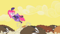 Pinkie Pie ouch S01E21.png