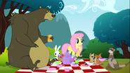 S03E03 Tea party