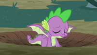 Spike emerges with a pair of wings S8E11