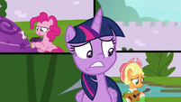 Twilight's plan has no distraction S9E4