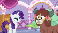 Yona repeats after Rarity with mouth full S9E7