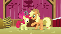 Applejack makes a deal with Apple Bloom S9E10