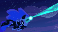Nightmare Moon firing at Princess Celestia S4E02