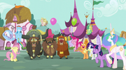 Ponies and yaks cheering S5E11
