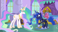 "Princess Luna ""like regular pony tourists"" S9E13"