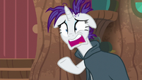 "Rarity panicking ""you think?!"" S7E19"