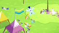 Soarin flies into the sky S4E10.png