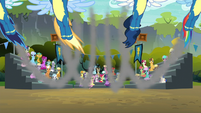 Wonderbolts in a parabolic arc S6E7