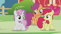 CMC start singing We'll Make Our Mark reprise S5E18