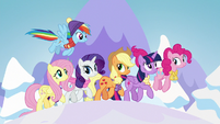 Mane Six trotting through winter S7E2