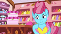 "Mrs. Cake ""all three Apple siblings!"" S7E13.png"