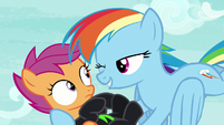Rainbow Dash winks at Scootaloo S8E20