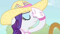 Rarity wipes her sweat S4E13