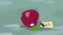 Riddle apple rolling on the ground S9E23