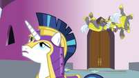 The guards hovering S4E26