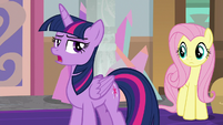 Twilight rolls her eyes at the photographer S8E13