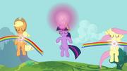 Applejack, Fluttershy e Twilight usando seus Elementos T3E10