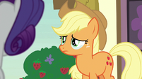 Applejack crying tears of guilt S7E9
