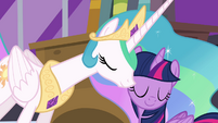 Celestia nuzzles Twilight's cheek S4E01