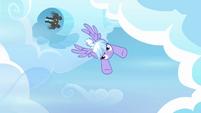 Cloudchaser flying S3E07