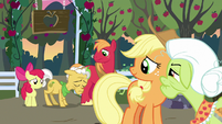 Grand Pear hanging his head in shame S7E13