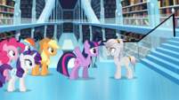 MLP FIM S03E01 - The Crystal Empire Library