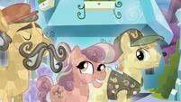 Mustache Crystal Pony nods S6E2