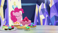Pinkie Pie sitting in her throne S8E24