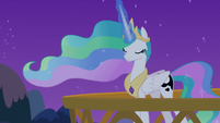 Princess Celestia using Luna's dream magic S7E10