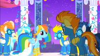 S01E26 Spitfire proponuje Rainbow wspólną zabawę