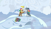 Star Swirl and Rare Find reach the mountaintop S8E16