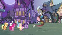 Twilight accuses Discord S4E01