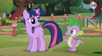Twilight and Spike at Fluttershy's cottage S3E05