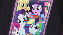 Twilight reminds her friends of the time EG2