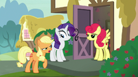 Applejack -apples are better than strawberries!- S7E9