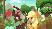 Applejack -now you say, 'who's there-'- S8E23