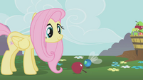 Parasprite smelling apple S1E10