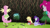 Pinkie's sprinkle jar makes large hole in the bramble wall EG4