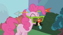 Pinkie Pie --sure, no problem-- S1E05