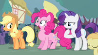 Pinkie Pie inhaling S4E13